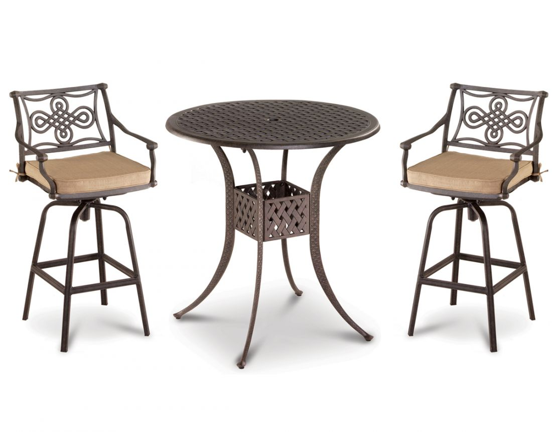 aluminum outdoor dining sets are easy to care for