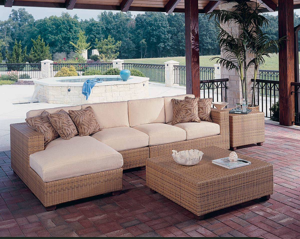 4 Pc Monterey Sectional Set