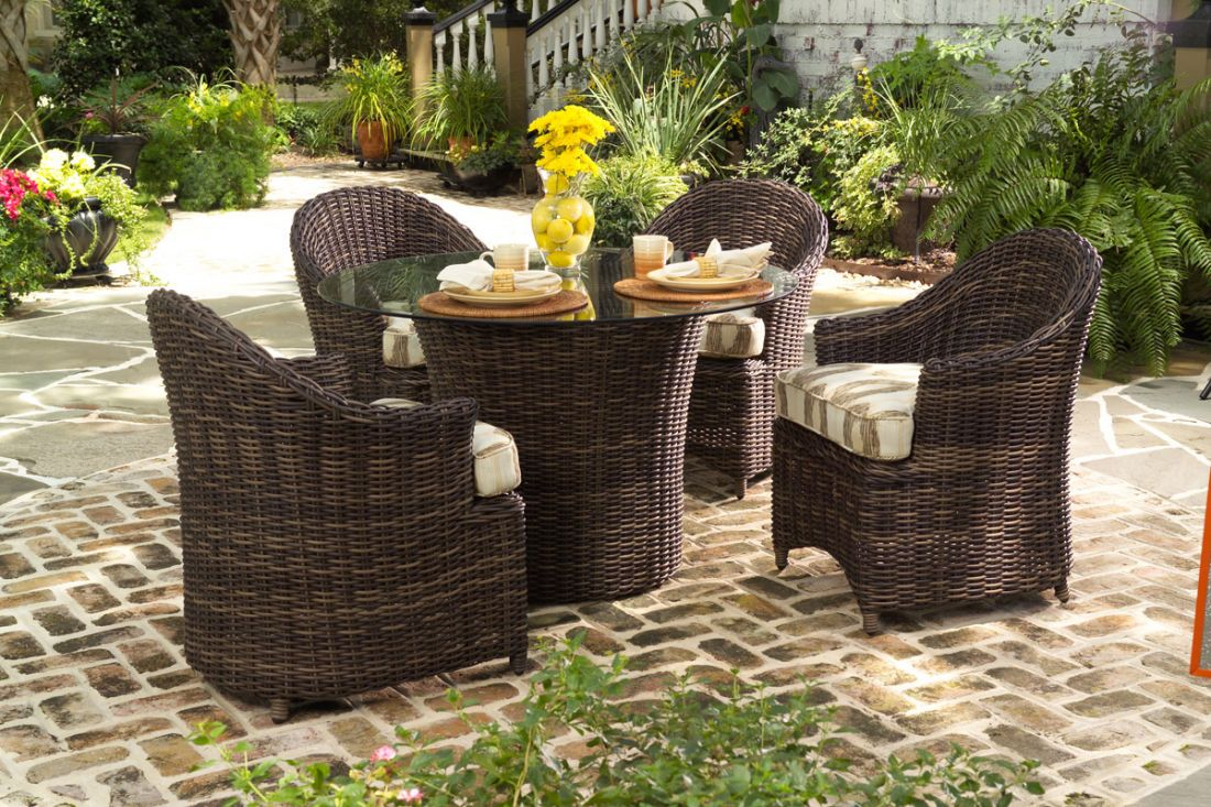Natural wicker vs synthetic resin wicker patio productions blog Plastic wicker patio furniture