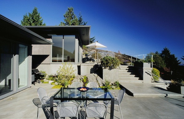 Concrete Patio With Modern Design