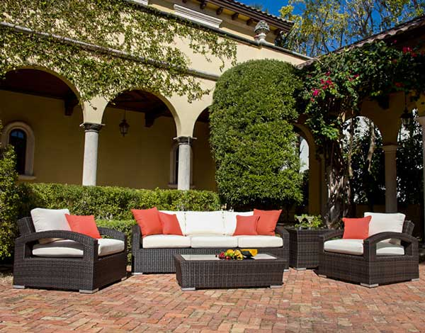 Delago Synthetic Resin Wicker Outdoor Sectional Set