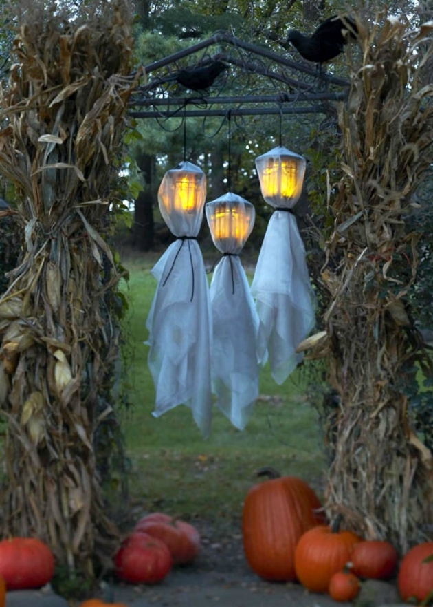 5 spooky last minute diy decorations to give your patio some spirit - Patio Halloween Decorating Ideas