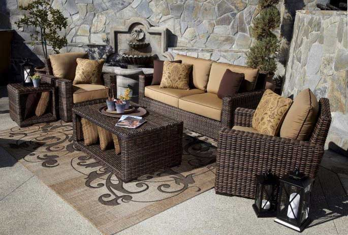 Steadfast Rules For Decorating With An Outdoor Area Rug