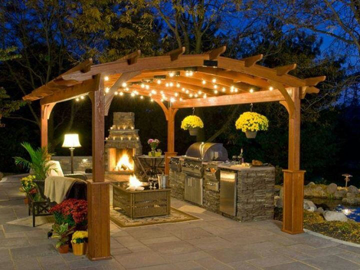 Outdoor Kitchen underneath a Pergola