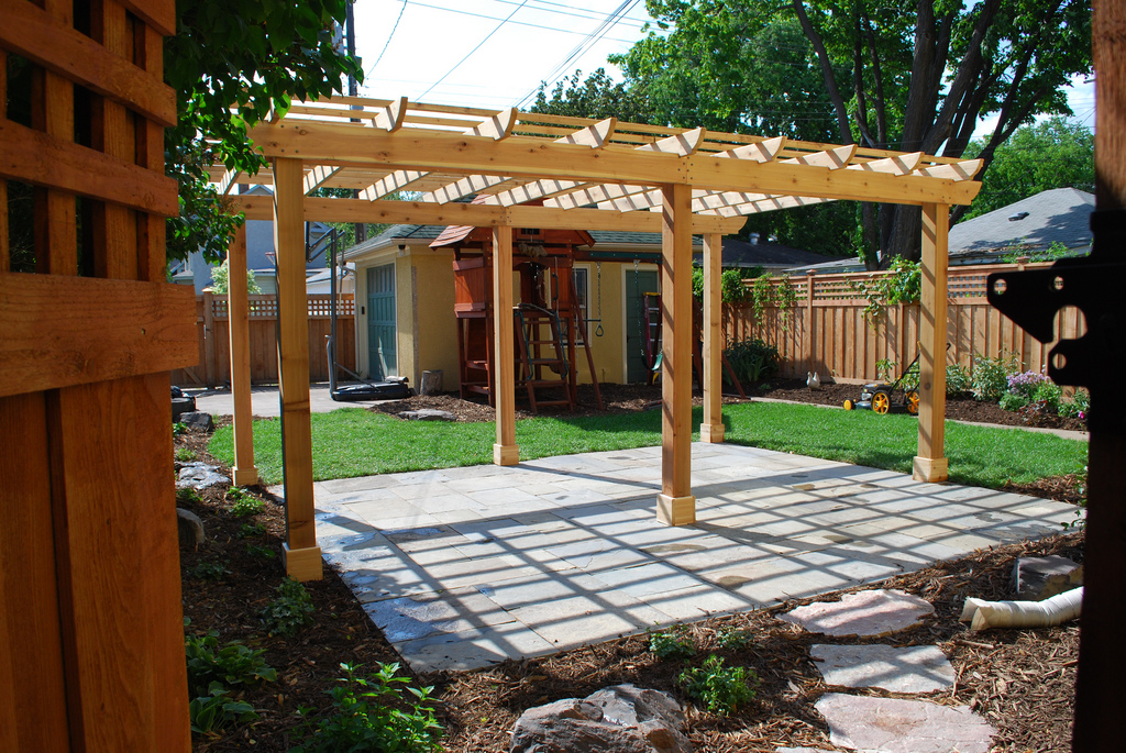 Pergola - What's The Difference Between A Pergola And A Gazebo?