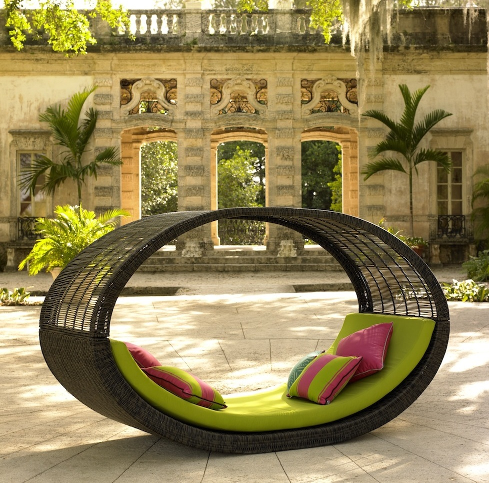 catch a mid day nap on these outdoor patio daybeds patio productions blog. Black Bedroom Furniture Sets. Home Design Ideas