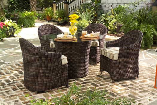Thick Woven Outdoor Dining Set