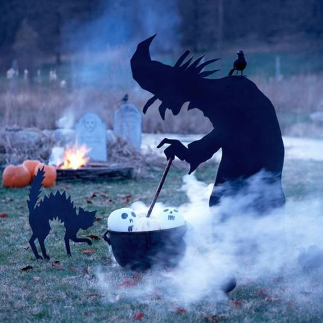 Halloween Witch Cauldron DIY Decorations